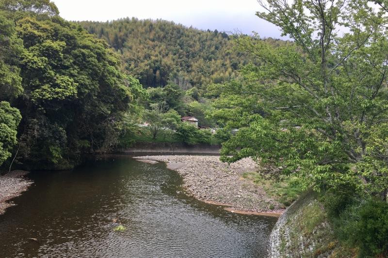 朝比奈川の山側